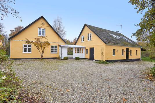 Villa på Karlebovej i Kokkedal - Ejendommen