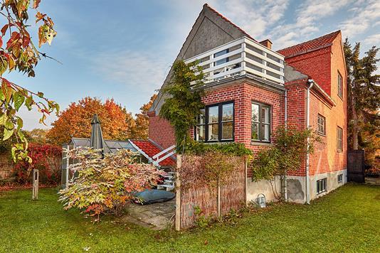 Villa på Niverødvej i Nivå - Ejendommen