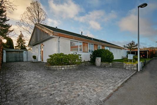 Villa på Lars Nielsens Vej i Hørsholm - Ejendommen