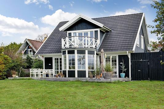 Villa på Damgårdsvej i Birkerød - Ejendommen