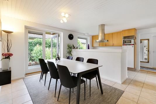 Villa på Åstrupgårdsvej i Hvidovre - Spisekøkken
