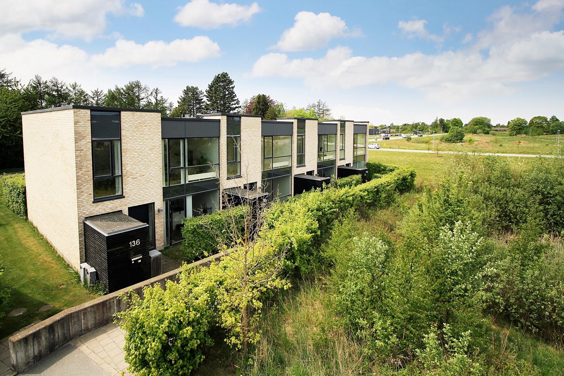 Rækkehus på Ravnsbjerggårdsvej i Fredensborg - Ejendommen