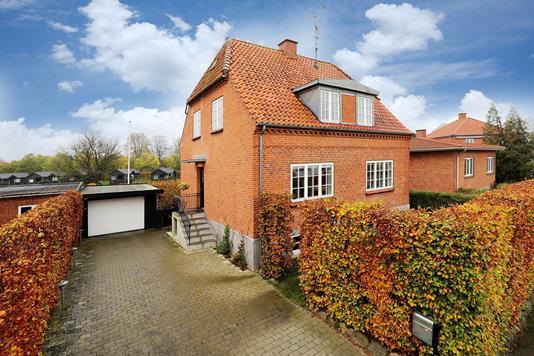 Villa på P. Mogensensvej i Hillerød - Ejendommen