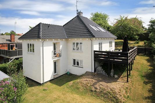 Villa på Skovvænget i Fredensborg - Ejendommen