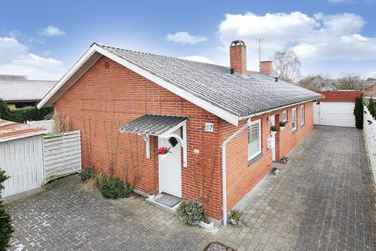 Villa på Erantisvej i Gørløse - Ejendommen