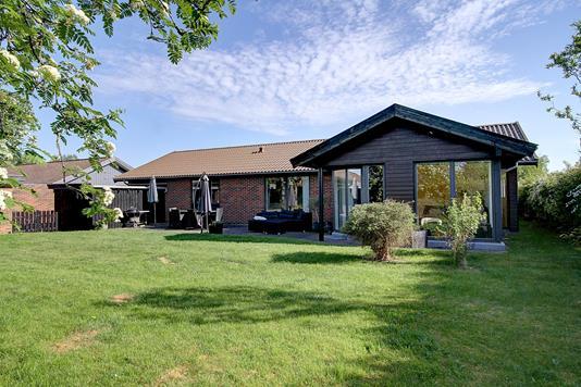 Villa på Hjortevænget i Allerød - Ejendommen