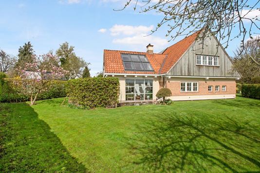 Villa på Broløkkevej i Odense SV - Ejendommen