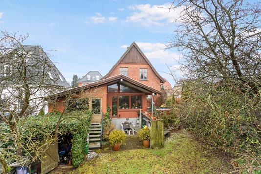 Villa på Chr. Richardts Vej i Odense M - Ejendommen