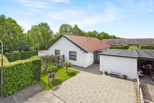 Villa på Hvedholmvænget i Odense M - Ejendom 1