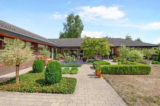 Villa på Søbakkevej i Odense NV - Ejendommen