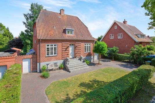 Villa på Hunderupvej i Odense M - Ejendommen