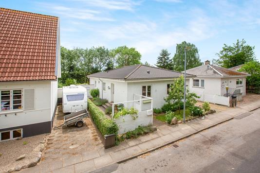 Villa på Åsumvej i Odense NØ - Ejendom 1