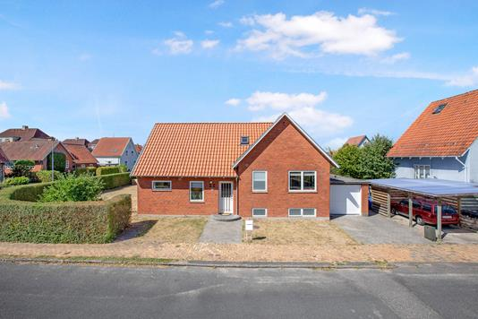 Villa på Ahlefeldtsvej i Odense M - Ejendom 1