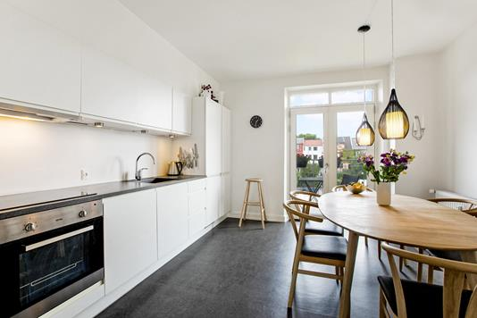 Ejerlejlighed på Absalonsgade i Odense C - Køkken