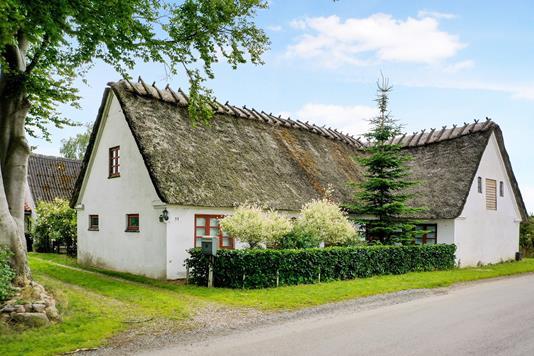 Villa på Allestedgårdsvej i Broby - Ejendom 1