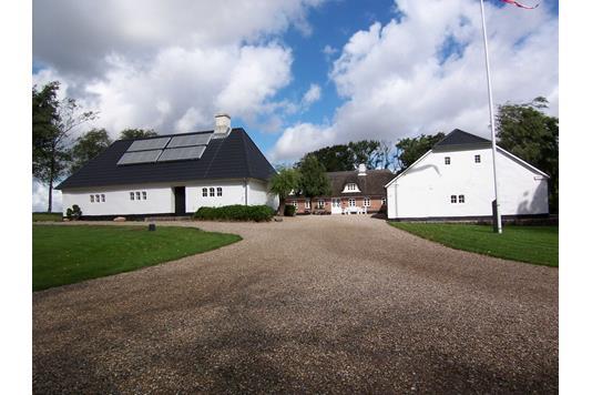 Villa på Brakker Stationsvej i Egtved - Facade
