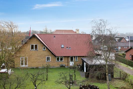 Villa på Dalbyvej i Kolding - Set fra haven