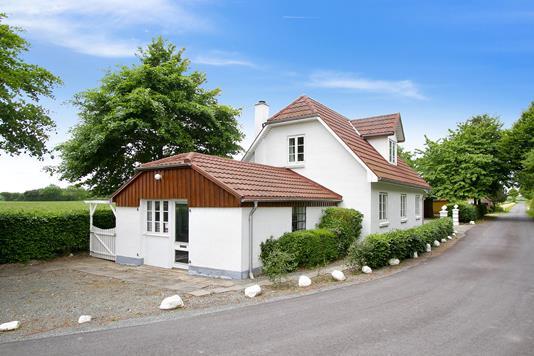 Villa på Mørkholtvej i Sønder Stenderup - Set fra vejen