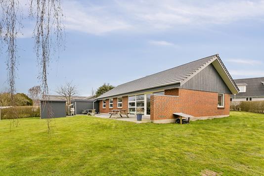 Villa på Nytoft i Egtved - Set fra haven