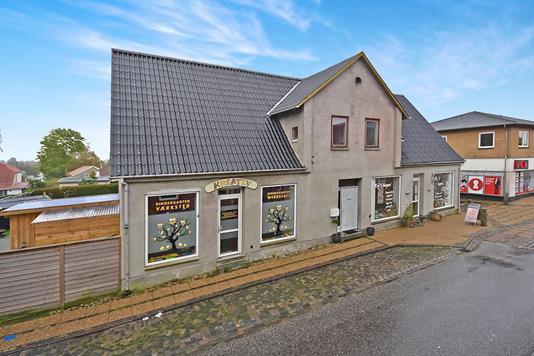 Villa på Storegade i Broager - Ejendommen