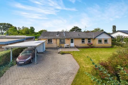 Villa på Skolegade i Kruså - Ejendommen