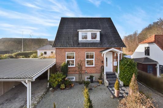 Villa på Skovvej i Gråsten - Ejendommen