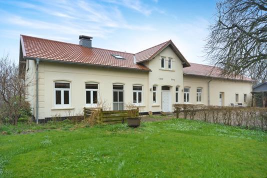 Villa på Hokkerup Gade i Kruså - Ejendommen