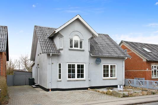 Villa på Storegade i Tistrup - Ejendommen