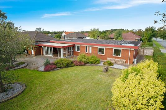 Villa på Morbærlunden i Esbjerg Ø - Set fra haven