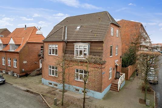 Villa på Willemoesgade i Esbjerg - Set fra vejen
