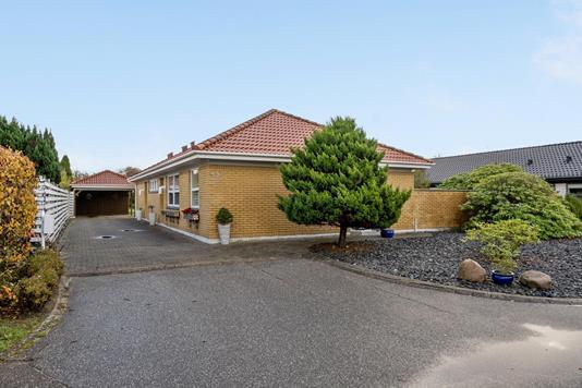 Villa på Solvangen i Esbjerg N - Ejendommen