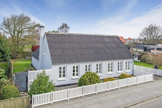 Villa på Vestre Landevej i Varde - Ejendommen