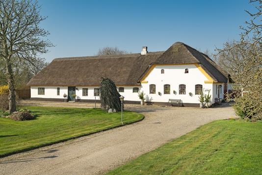 Villa på Klintingvej i Henne - Ejendommen