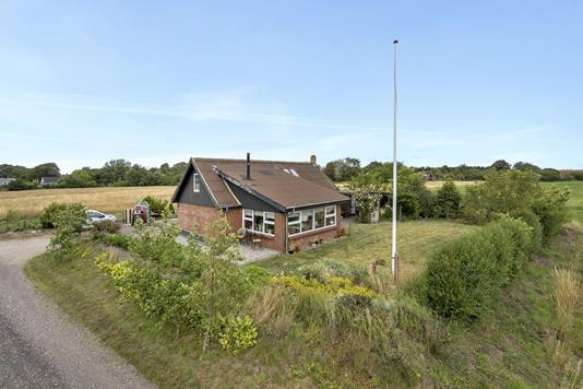 Villa på Kirkestien i Janderup Vestj - Ejendommen
