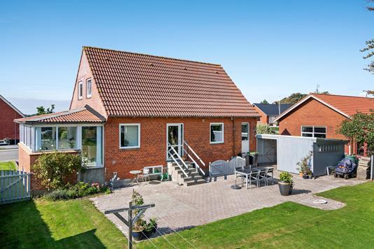 Villa på Skolegade i Nørre Nebel - Ejendommen