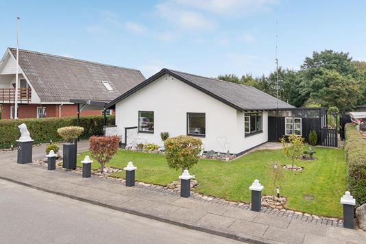 Villa på Solsortevej i Ansager - Ejendommen