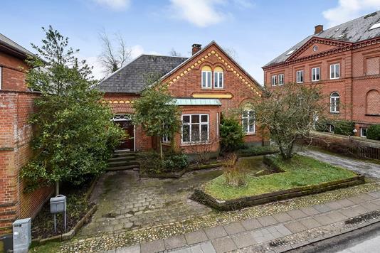 Villa på Danmarksgade i Holstebro - Ejendommen