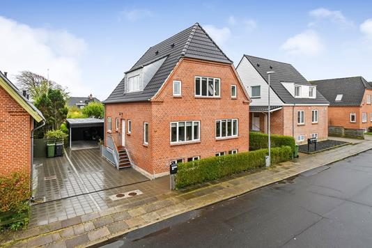 Villa på Sundevedsgade i Holstebro - Ejendommen