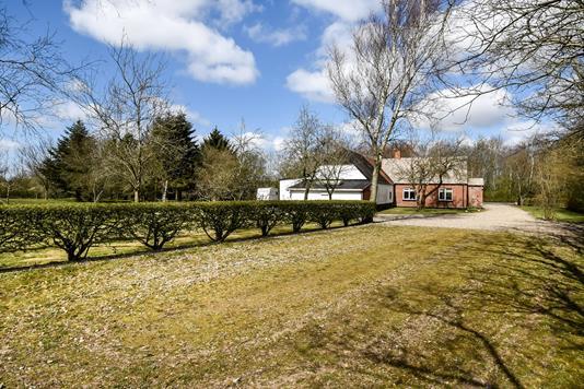 Landejendom på Vembvej i Holstebro - Ejendommen