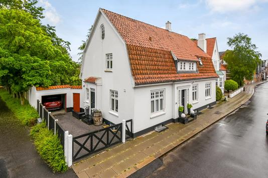 Villa på Østergade i Holstebro - Ejendommen