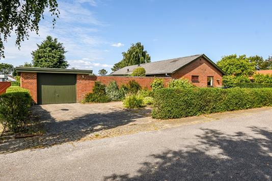 Villa på Laubsvej i Holstebro - Ejendommen