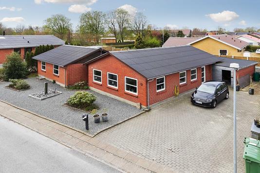 Villa på Idrætsvej i Holstebro - Ejendommen