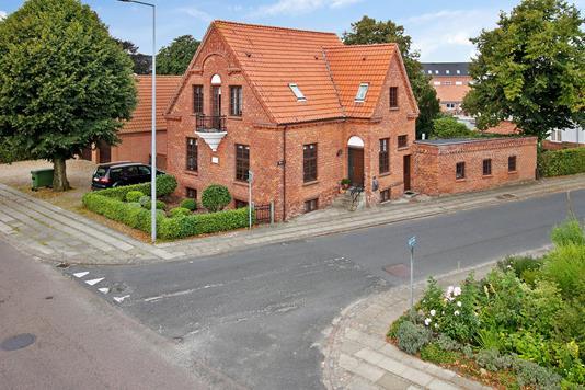 Villa på Allegade i Holstebro - Ejendommen