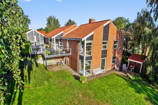 Villa på Feldinghus i Holstebro - Set fra haven
