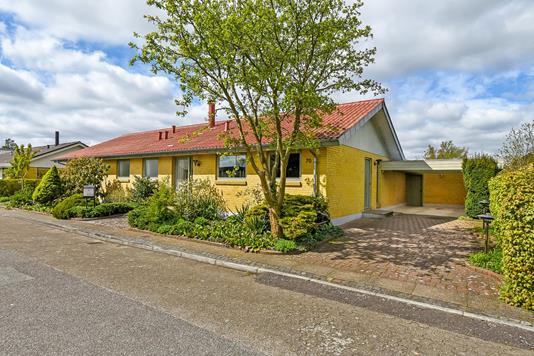 Villa på Vølundsvej i Holstebro - Ejendommen