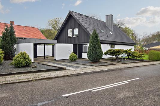 Villa på Hellasvej i Holstebro - Ejendommen