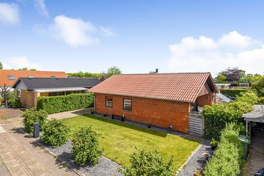 Villa på Nis Petersens Vej i Holstebro - Ejendommen