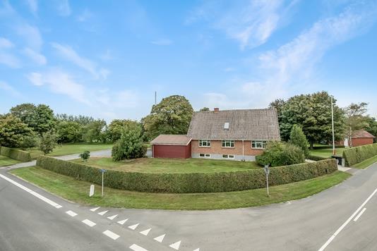Villa på Møllevej i Tjele - Ejendom 1