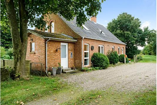Landejendom på Viborgvej i Højslev - Ejendommen