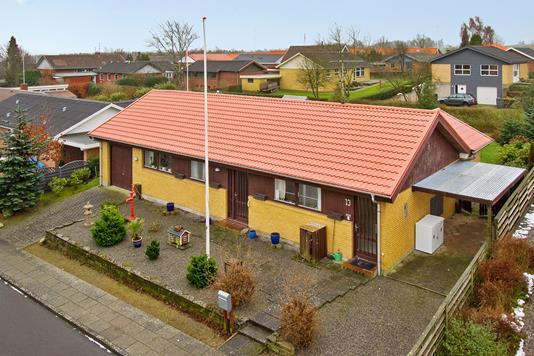 Villa på Egevænget i Stoholm Jyll - Ejendommen